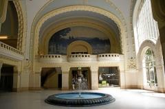 Etablissement thermal - Deutsch: Vichy: Centre thermal des Dômes Fresko