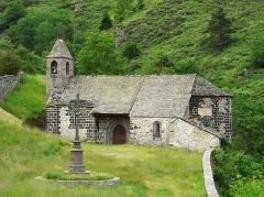 Eglise Saint-Illide - Français:   L\'église Saint-Illide, Alleuze, Cantal, France.