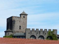 Ancien château fort Saint-Etienne - Français:   Le château Saint-Étienne, Aurillac, Cantal, France.