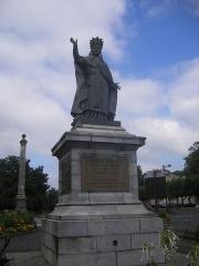 Statue du Pape Gerbert -  Aurillac, statue of Sylvester II.