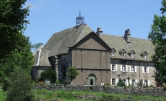 Hospice de Salers ou Fondation Lizet ou maison des Missionnaires - English: Salers, Cantal, FRANCE