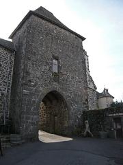 Porte Martille -   The town door Martill, seen from outside of the rampart.