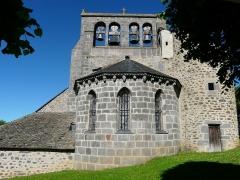 Eglise Saint-Martin - Français:   Le chevet de l\'église des Ternes, Cantal, France.
