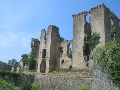 Château (ruines) - English: Castle of Lagarde (Ariège).
