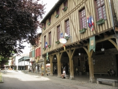 Hôtel de ville - English: Town hall of Mirepoix, Ariège, France.