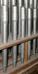 Cathédrale Saint-Antonin - Quelques tuyaux du jeu de Voix humaine: orgue de la cathédrale de Pamiers. (dans le style Dom Bedos)