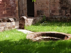 Ruines de l'ancien prieuré du Sauvage - Français:   Prieuré du Sauvage
