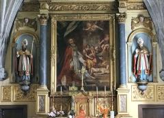 Eglise - Brommat - Église Saint-Anthime-et-Saint-Saturnin - Retable du maître autel: statues de saint Saturnin et saint Anthime et peinture représentant le martyre de saint Saturnin