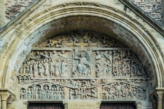 Ancienne abbaye Sainte-Foy - English: Tympanum of Saint Faith Abbey Church of Conques, Aveyron, France        This place is a UNESCO World Heritage Site, listed as Chemins de Saint-Jacques-de-Compostelle en France.  العربية | Asturianu | Беларуская | Беларуская (тарашкевіца) | বাংলা | Català | Čeština | Dansk | Deutsch | English | Español | Euskara | فارسی | Français | עברית | Hrvatski | Magyar | Italiano | 日本語 | 한국어 | Latviešu | Македонски | മലയാളം | مازِرونی | Nederlands | Polski | Português | Русский | Slovenčina | Slovenščina | Türkçe | Українська | Tagalog | Tiếng Việt | 中文(简体) | 中文(繁體) | +/−