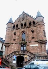 Ancienne église Saint-Jean-Baptiste, actuellement musée Joseph Vaylet - English: Musée du Scaphandre et Musée Joseph Vaylet à Espalion, Aveyron.