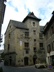 Mairie - English: Town hall in Estaing (Aveyron)