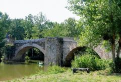Pont Saint-Blaise - Français:   Najac - Pont Saint-Blaise - Vu de l\'aval