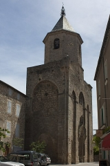 Eglise Saint-Pierre -  St. Peter church, seen from the south.