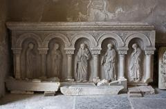 Eglise Saint-Pierre -  Low relief (old altar?).