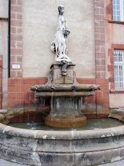 Ancien collège des Jésuites ou ancien lycée Foch - Rodez - Fontaine de Rodez - Naïade de Vors, place Foch