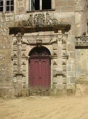 Château - Français:   Style renaissance italienne, similaire à Sévérac ...