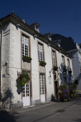 Château Lafont - English:  The Lafont Castle houses the Museum of Bagnères de Luchon and his Tourism office.