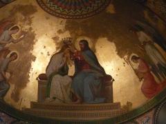 Eglise Notre-Dame-de-l'Assomption - Le couronnement de Marie par Jésus, œuvre de Romain Cazes, fresque du chœur de l'église Notre-Dame de l'Assomption, Bagnères-de-Luchon, Haute-Garonne, France.
