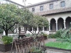 Ancienne abbaye de Bonnefont (également sur commune de Sepx) - English: The