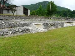 Ruines antiques - Les vestiges du temple de Lugdunum Convenarum, Saint-Bertrand-de-Comminges, Haute-Garonne, France.