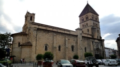 Eglise collégiale Saint-Pierre et Saint-Gaudens - English: St-Pierre-et-St-Gaudens in Saint Gaudens.