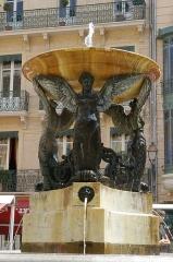 Fontaine de la Trinité - English: Fontaine de la Trinité, place de la Trinité, Toulouse, France.