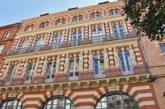 Maison en terre cuite de Virebent - Français:   Maison des cariatides à Toulouse