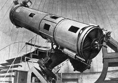 Ancien observatoire - Français:   Le grand téléscope de l\'Observatoire astronomique de Toulouse en 1935 (du à M. Gautier, oeuvre des frères Henry, de 0.85 mètres de diamètre)