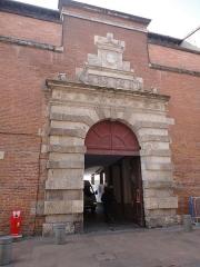 Ancien petit Séminaire de l'Esquile - Français:   Cinémathèque de Toulouse, rue du Taur