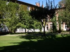 Ancien palais archiépiscopal - Français:   Préfecture de Toulouse côté jardin.