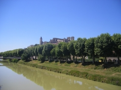 Tour du Sénéchal ou d'Armagnac -  Auch from the Gers bridge