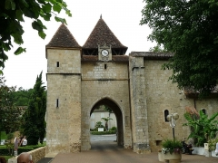 Eglise de Barbotan - Français:   Eglise-porte de Barbotan (32), France