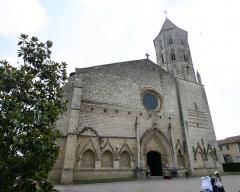Eglise Saint-Laurent - Dansk: Kirken i Fleurance, Frankrig. (Billedet har Geotag-informationer gemt i EXIF)