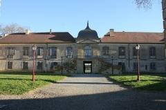 Château - English: Isle de Noé 's Castle