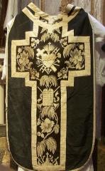 Eglise Notre-Dame, ancienne cathédrale - English: Black chasuble - Cathédrale Sainte Marie de Lombez