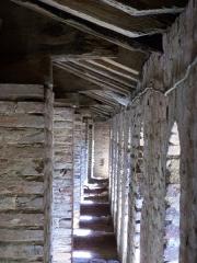 Eglise Notre-Dame, ancienne cathédrale - English: Sentry path in the attic - Cathédrale Sainte Marie de Lombez