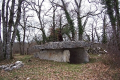 Dolmen - English: Dolmen called