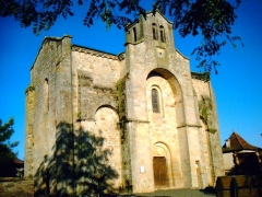 Eglise Saint-Saturnin -  L'Eglise du Bourg (46120) en fin de journée