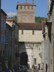 Ancien palais de Via connu sous l'appellation Château du Roi, actuelle prison d'Etat - Français:   Cahors - Maison d\'arrêt de Cahors et tour du Roi de l\'ancien palais de Via, rue du Château-du-Roi