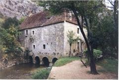 Moulin fortifié de Cognaguet - English: Watermil of Cougnaguet on the river Ouysse in the departement of Lot France.