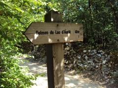 Dolmen de Pech-Lapeyre - Français:   Dolmen du Lac d\'Aurie dit du \