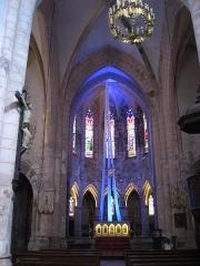 Ancienne abbaye Saint-Pierre - This building is en partie classé, en partie inscrit au titre des Monuments Historiques. It is indexed in the Base Mérimée, a database of architectural heritage maintained by the French Ministry of Culture,under the reference PA00095155 .