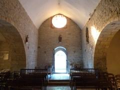 Eglise Saint-Christophe - Français:   Vue partielle de l\'intérieur de l\'église Saint-Christophe de Montvalent (Lot)