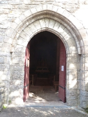 Eglise Saint-Christophe - Français:   Portail de l\'église Saint-Christophe de Montvalent (Lot)