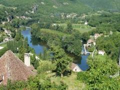 Moulin à eau - Français:   View EAST on Lot valley from Saint-Cirq-Lapopie