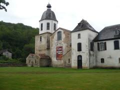 Abbaye de l'Escaladieu - Deutsch: Klosterkirche von Nordosten