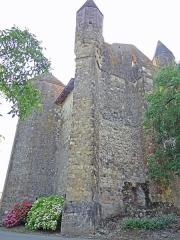 Eglise de Mazères - Français:   Castelnau-Rivière-Basse - Mazères - Église Saint-Jean-Baptiste - Façades ouest et nord