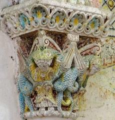 Eglise de Mazères - Français:   Castelnau-Rivière-Basse - Mazères - Église Saint-Jean-Baptiste - Intérieur - Chapiteau: Personnages dévorés par des dragons