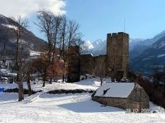 Restes du château de Sainte-Marie -  chateau-sainte-marie-luz-saint-sauveur-1