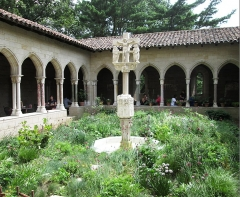 Ancienne église des Carmes - English: The Trie Cloister of The Cloisters museum of the Metropolitan Museum in Fort Tryon Park, Manhattan, New York City